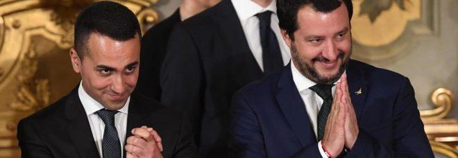 Di Maio e Salvini: «Niente aumento dell'Iva, resteranno gli 80 euro»