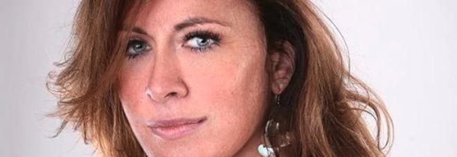 Mamma massacrata a coltellate davanti alle figlie. L'ex diceva: «Mi piacciono le donne dell'Est, le tratto come mi pare»
