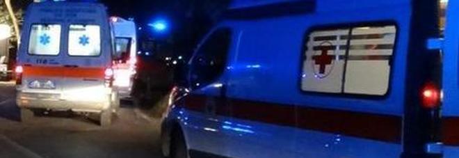 Incidente nell'auto con il nonno: bimbo di 7 anni muore tra le braccia dei soccorritori