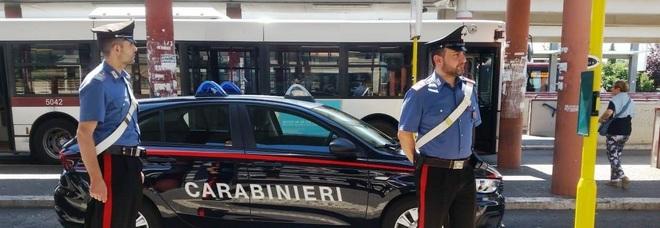 Gang criminale con base a Napoli per le truffe agli anziani: 12 arresti