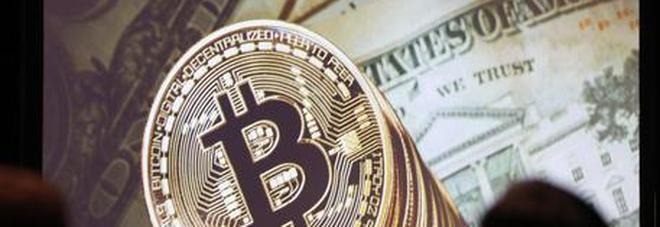 Accetta bitcoin per vendere la sua auto, truffato di trentamila euro a Milano