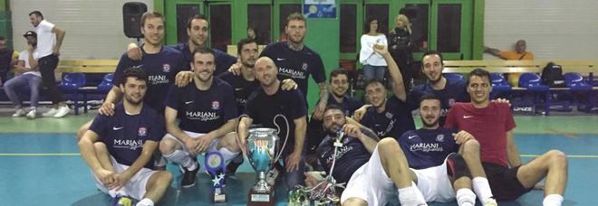 Antrodoco con il trofeo Uisp (Foto Giannini)