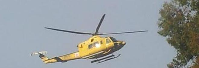 Cosenza, donna al sesto mese soccorsa in elicottero: il bimbo nasce durante il volo