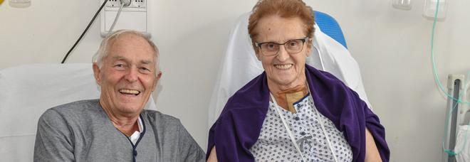 Anziani coniugi ricoverati lo stesso giorno e operati in contemporanea per la stessa patologia