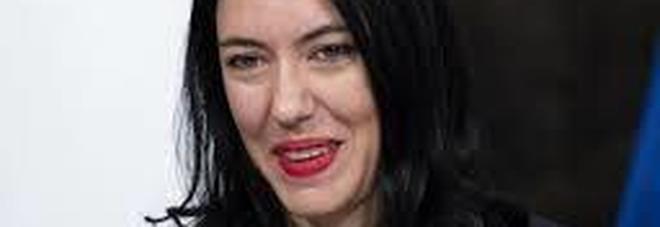 Coronavirus, il ministro Azzolina: «Maturità terrà conto dell'emergenza, ma no al 6 politico»