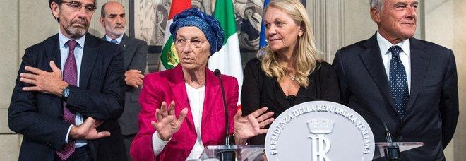 Crisi di governo, diretta. Salvini: «Qualsiasi esecutivo è contro la Lega»: Zingaretti a M5S: «Cinque punti per trattare»