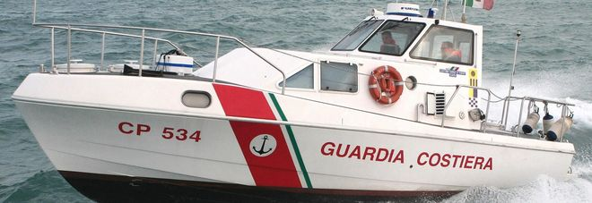 Avaria al motore sulla barca a vela  A bordo due adulti e otto ragazzi