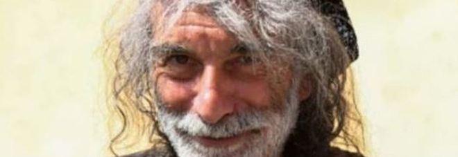 Insulti in diretta a Unomattina, Mauro Corona attacca le conduttrici: «Andate a quel paese»
