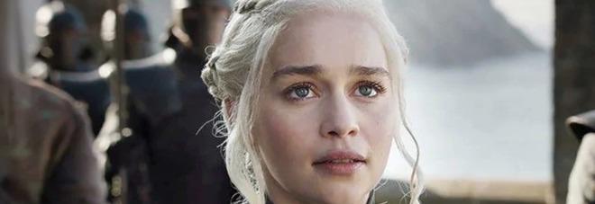 Game of Thrones, il dramma di Emilia Clarke: «Ho avuto due aneurismi cerebrali, mi hanno operata al cervello»