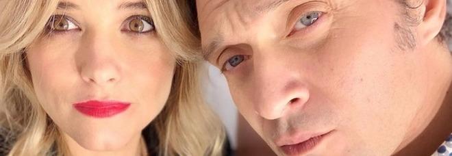 Francesca Barra e Claudio Santamaria, drammatico annuncio: «Abbiamo perso il bimbo che aspettavamo»