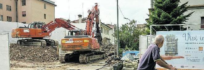 No al consumo di suolo: vanno giù le vecchie costruzioni