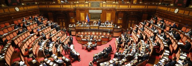 Il condono di Ischia torna nel decreto per Genova: bocciato dal Senato l'emendamento su cui era stato battuto il Governo