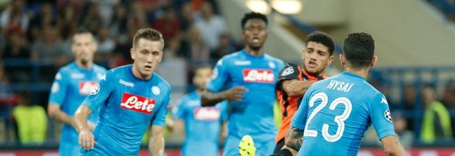Il Napoli crolla in Ucraina Lo Shakhtar vince 2-1