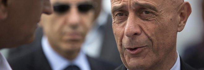 Migranti, il ministro Minniti cerca accordo con Francia e Germania, sul tappeto gli accordi di ricollocamento