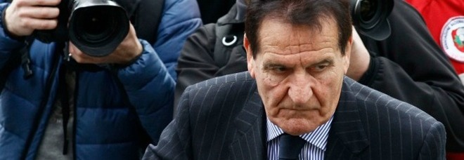 Lega Pro, Mario Macalli inibito per 6 mesi: «Venuto meno ai suoi doveri di imparzialità»