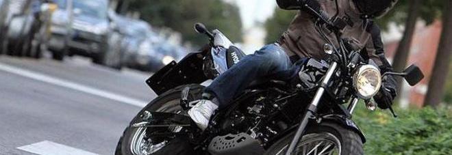Schianto choc sulla Tangenziale, motociclista muore a 27 anni