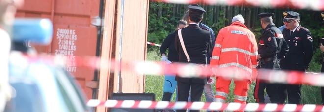 Napoli, un cadavere nel parcheggio: morto con un colpo di pistola alla testa