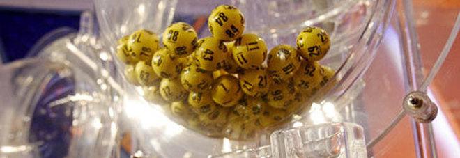 Estrazioni Lotto di oggi 12 ottobre. Superenalotto, i numeri vincenti: nessun 6 né 5+. Un 5 a Povoletto, in Friuli