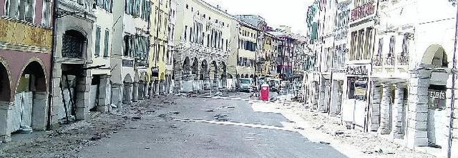 Udine. Borgo stazione, lotta a droga e illegalità: potate anche le siepi