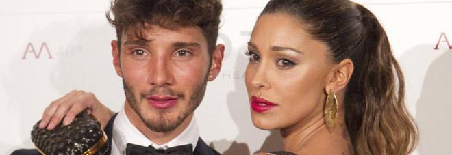 """Belen e Stefano, tensione a Selfie: """"E' gelosa di una ragazza"""""""