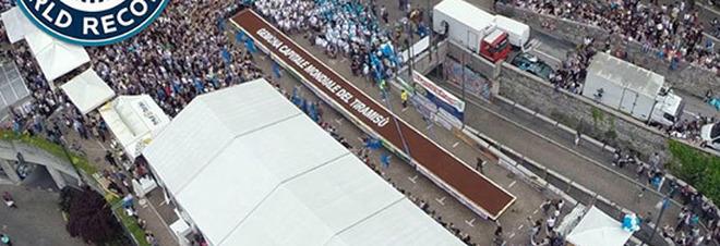 Tentano il record del tiramisù più lungo del mondo: ecco quanto dovrà misurare