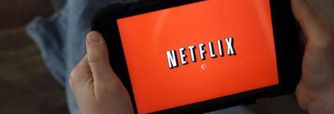 Netflix down in Italia: il servizio streaming non funziona. Abbonati in rivolta sui social