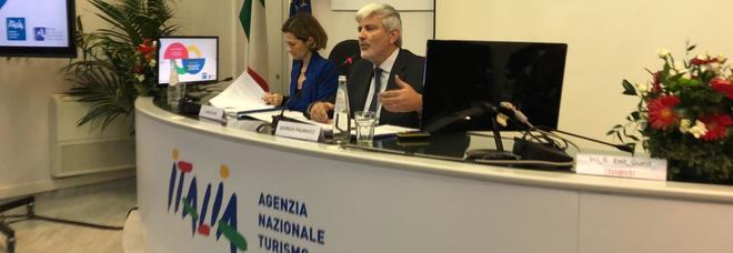 Un momento della conferenza stampa di Mibact e Enit con la sottosegretaria al Turismo Lorenza Bonaccorsi e il presidente Enit Giorgio Palmucci