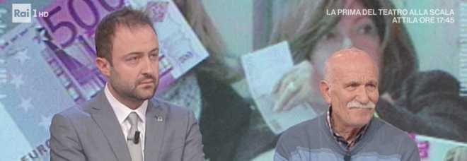 Patrizia Reggiani vive con 400 euro al mese, però al bar sventola 500 euro