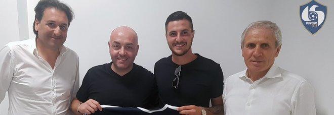 Cavese: rinnova l'attaccante Fella, Martiniello si accasa all'Olbia
