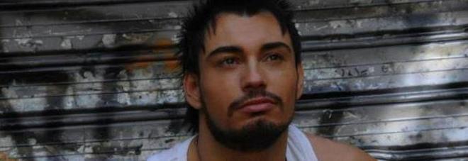 """Morto l'attore Maicol Segoni, aveva 34 anni: partecipò al reality """"Tamarreide"""""""
