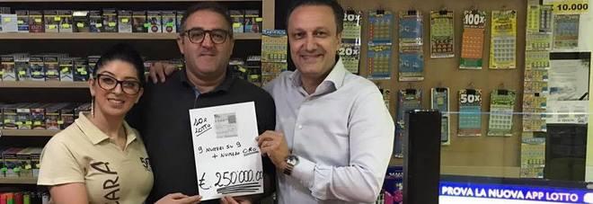 10eLotto, indovina 9 numeri su 9 e numero oro: vince 250.000 euro a Sicignano degli Alburni
