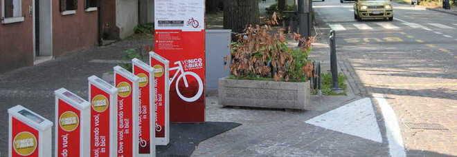 Il bike sharing in piazza Carpenedo