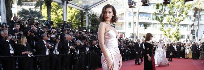 Cannes, tutti i look più belli del red carpet -Guarda