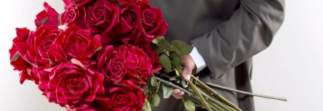 I regali preferiti dagli italiani Rose rosse? Non solo, il 45% preferisce...