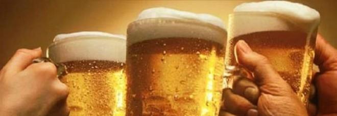 La pancia da birra? Un falso mito. Per gli esperti  il consumo moderato fa bene alla salute
