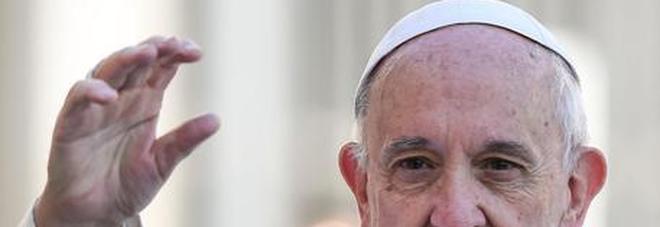 Papa Francesco, niente incontro con i parroci: «Lieve indisposizione»