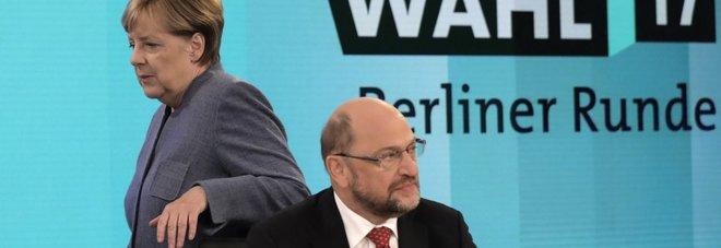Merkel e Schulz (ap)