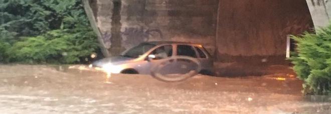 L 39 aquila violento temporale citt sommersa dall 39 acqua for Volantino acqua e sapone l aquila