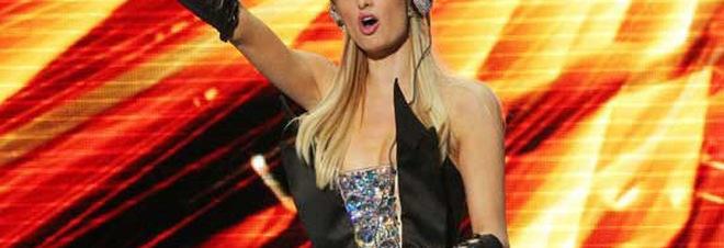 Paris Hilton, africana club, praiano