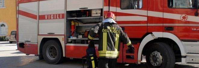 Due incendi dolosi in 4 giorni: intimidazione o  vandalismo, scatta l'indagine