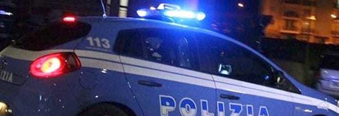 Una volante dell Polizia
