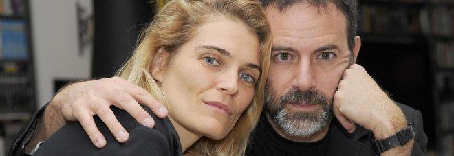 Brizzi, la moglie: «Sono solo voci Soffro per lui, gli sono vicina»