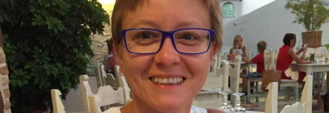 Barbara, la mamma travolta e uccisa dopo l'incidente in autostrada per mettere in salvo le figlie