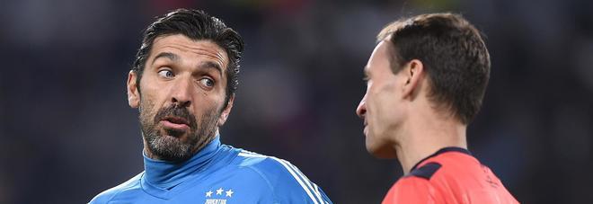 Buffon: «Smettere? Un giocatore non vorrebbe mai...»
