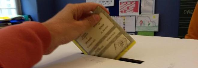 Elezioni, gli italiani all'estero hanno iniziato a votare
