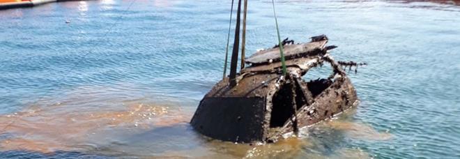 Anche carcasse di auto nelle acque di Mar Piccolo recuperate oltre 500 tonnellate di rifiuti