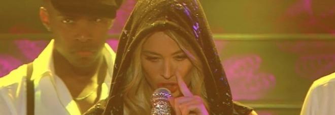 Sanremo 2020, Diletta Leotta canta Ciuri Ciuri. Il web insorge: «Eminem non si tocca»