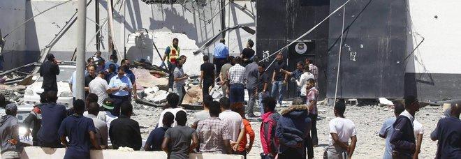 La Libia valuta il rilascio di tutti i migranti nei centri di detenzione