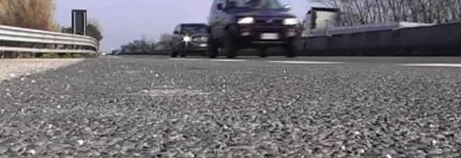 Brindisi: 85enne imbocca la statale contromano, carabiniere lo salva