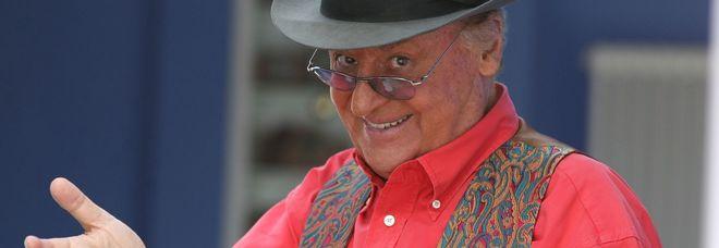 Renzo Arbore: «Ha ragione Sergio Caputo, la musica uccisa dalle radio senza dj»